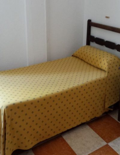 Dormitorio individual de adultos