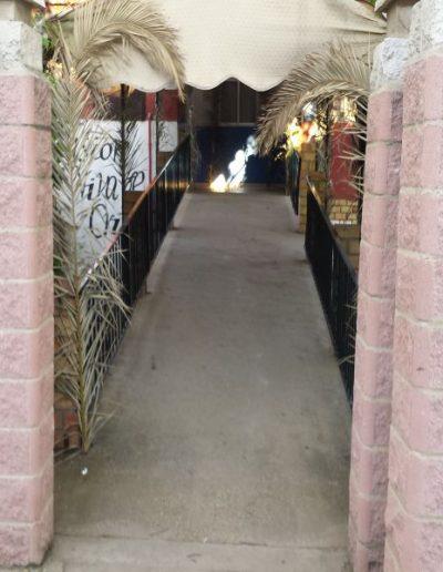 Entrada centro ocupacional El Cristo Roto